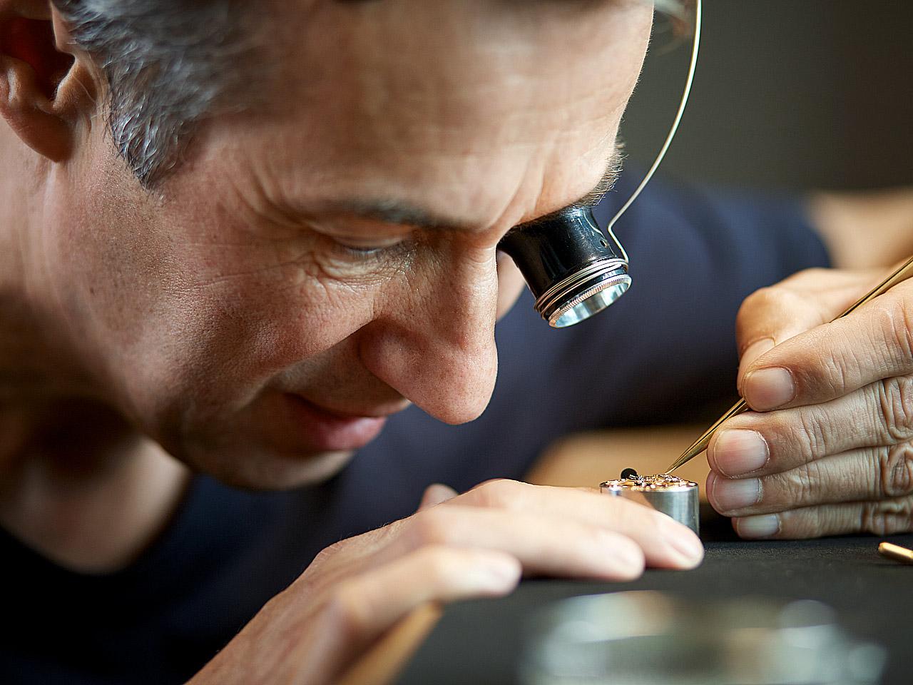Uhrmacher  Der Uhrmacher - Hess Uhren
